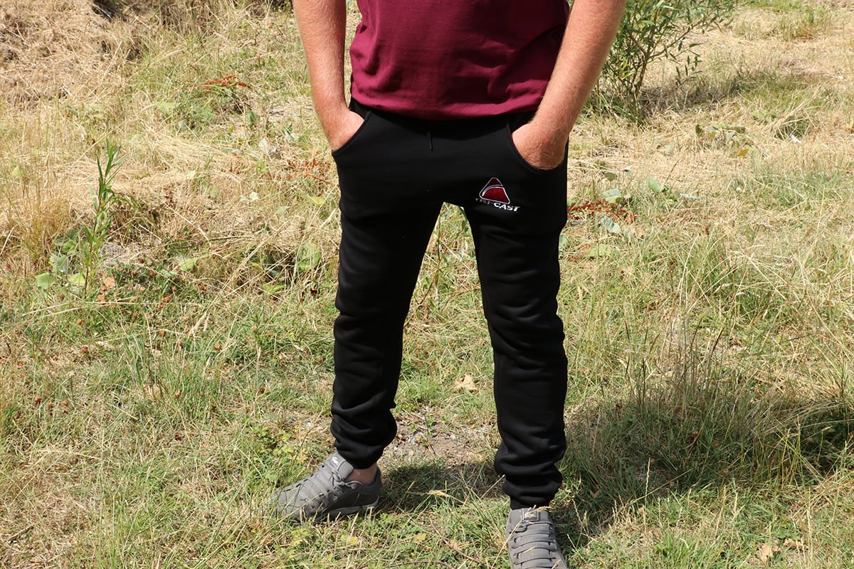 https://reelelite.co.uk/uploads/images/clothing/tri-cast-joggers-fitted-main.jpg
